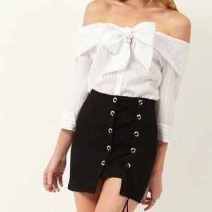 Storets | Liv Off-the-Shoulder Striped Button Top
